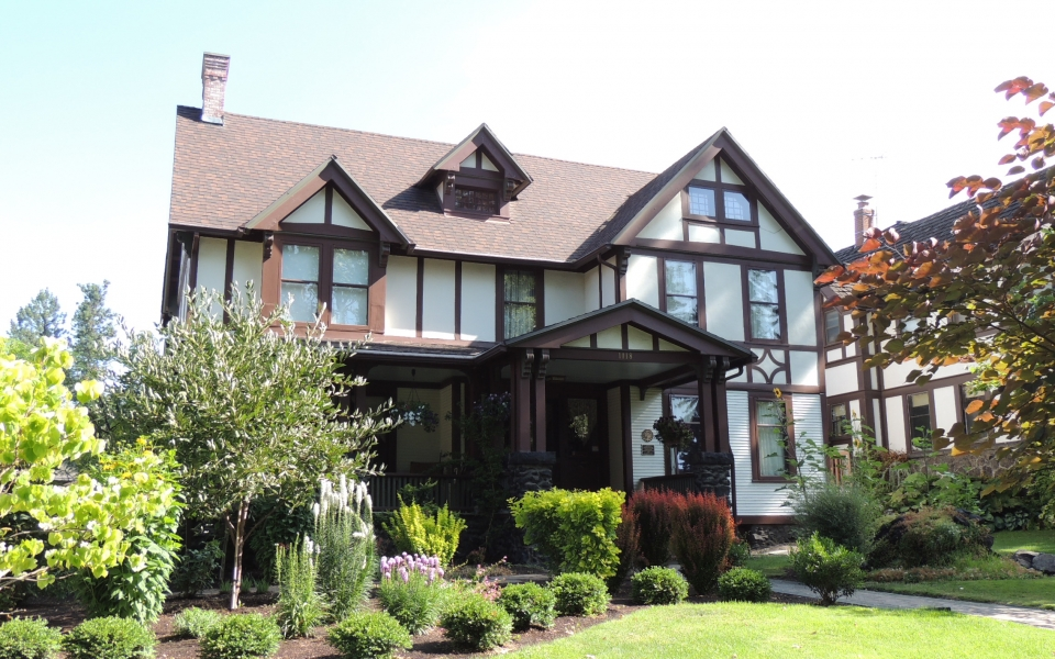 Shadle-Veasey House 1