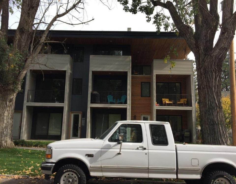 Chestnut facade south end